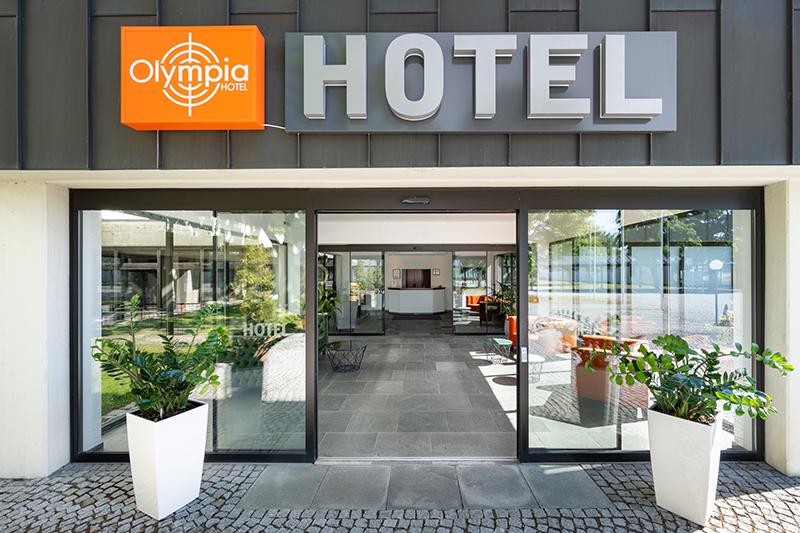 hotel-olympia_cschranner